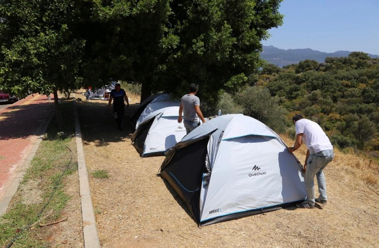 Kaş'ta Çadırlar Kaldırıldı