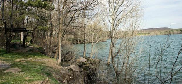 Sarımsaklı Barajı Kamp Alanı