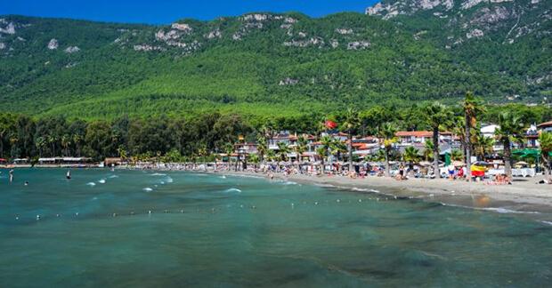 Akyaka Plajı Ücretli Mi?