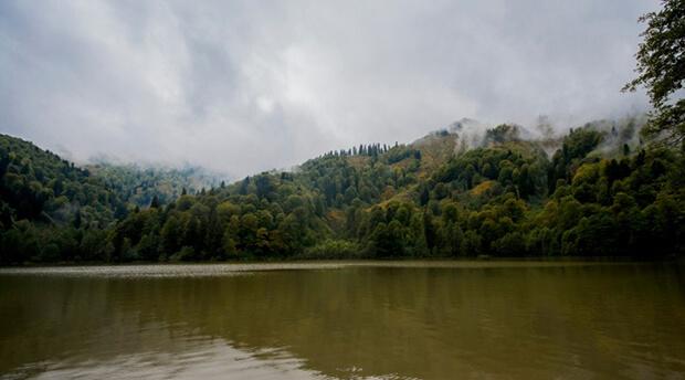 Borçka Karagöl Tabiat Parkı'nda Yapabileceğiniz Aktiviteler