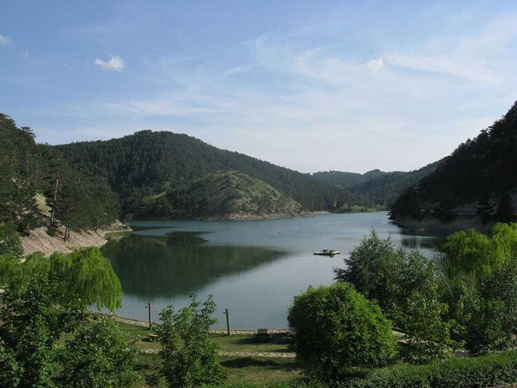 Sünnet Gölü Tabiat Parkı Kamp Alanı