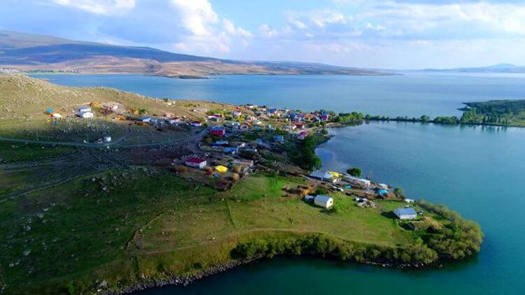 Akçakale Köyü Kamp Alanı (Akçakale Adası)