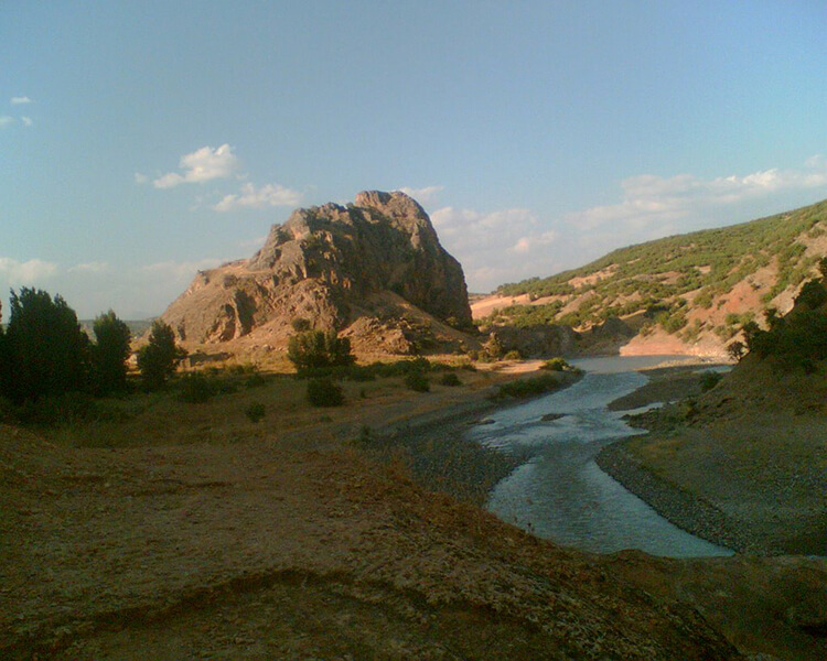 Bağın Kalesi Kamp Alanı